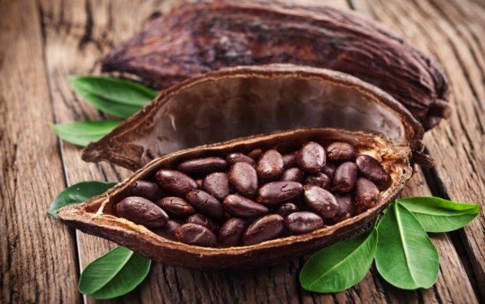 beneficios-del-cacao-en-personas-con-problemas-cardiovasculares-696x437