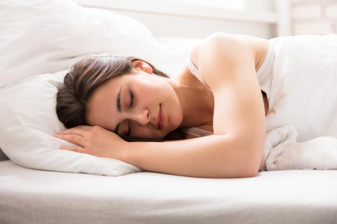 seis-alimentos-que-te-ayudar-a-dormir-bien-y-a-adelgazar